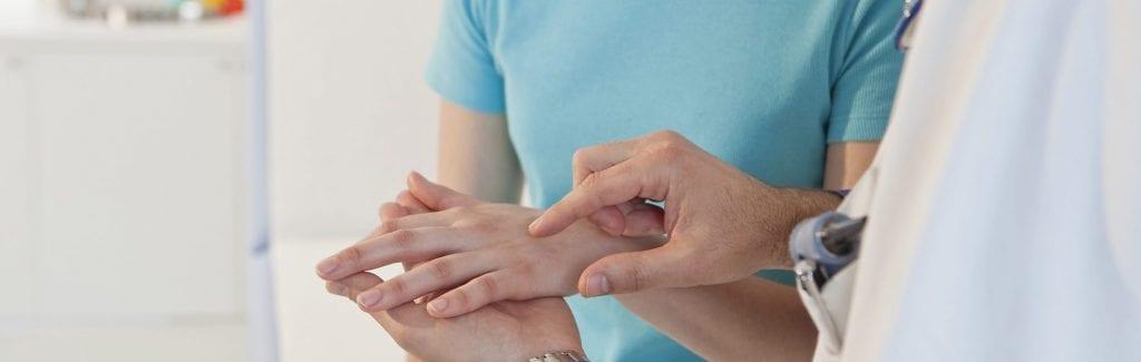 HAND SEMIOLOGY WOMAN